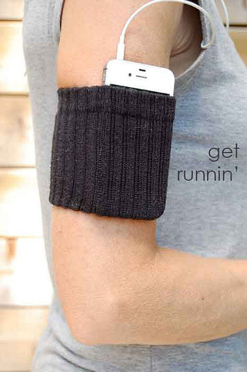 Sock-Iphone-Holder-4