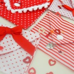 6 Fabric Valentine Holder Tutorials