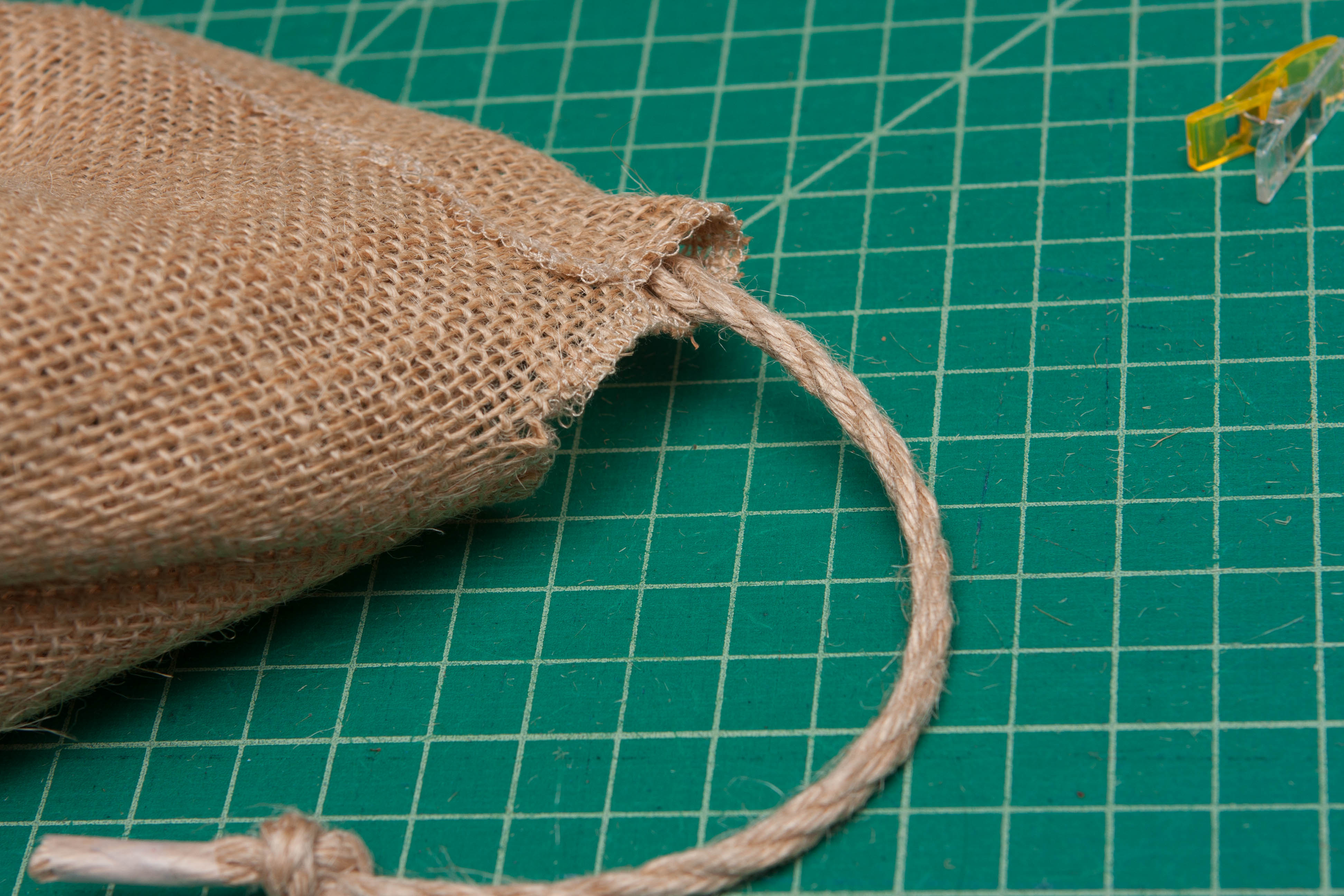 Burlap Basket Liner Tutorial - Peek-a-Boo Pages - Patterns, Fabric ...