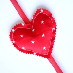 How to Make a Vertical Fabric Heart Garland