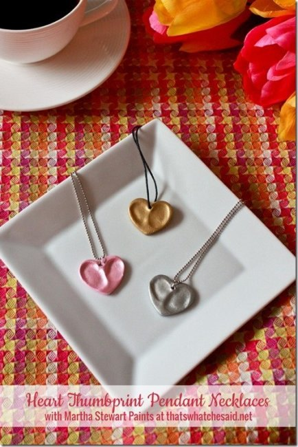 Heart-Thumbprint-Pendants-at-thatswhatchesaid.net_thumb.jpg.pagespeed.ic.zvlX_BOJfl